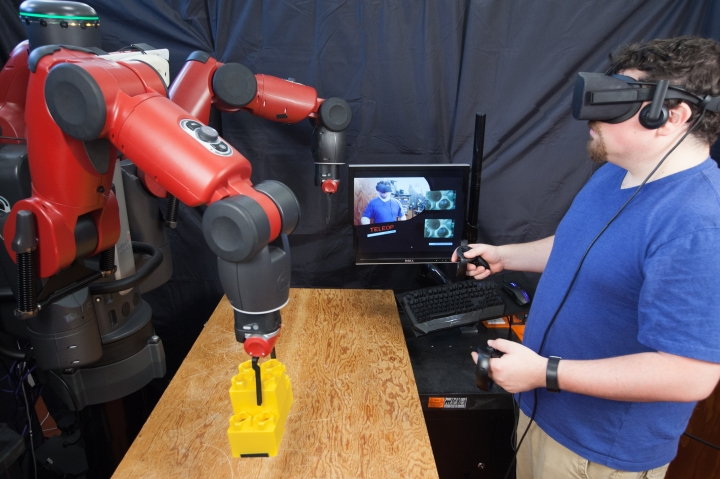#Teleoperating #robots with virtual reality
